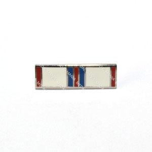 medal-mania-enamel-queen-elizabeth-ii-silver-jubilee-medal-1977-tie-pin